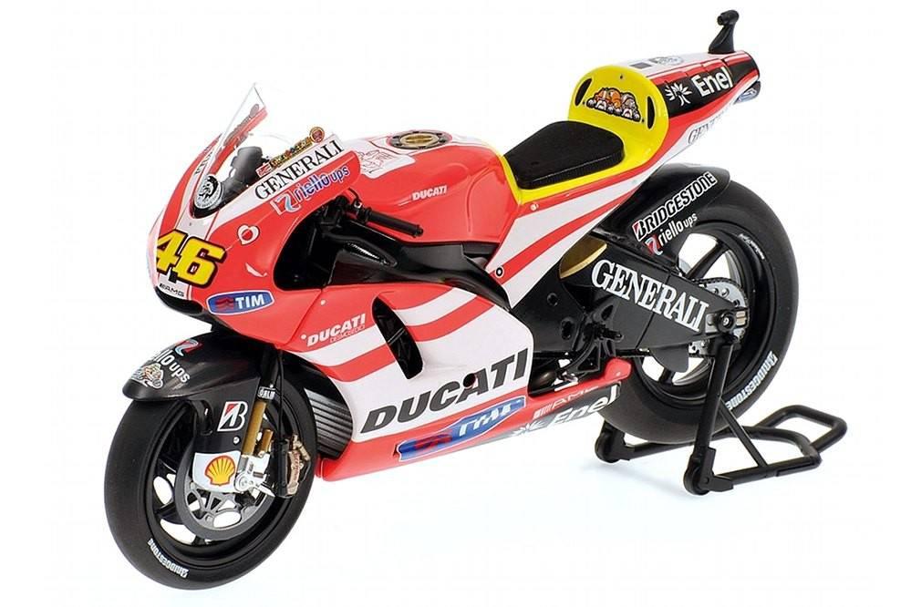 Ducati desmosedici gp11 motogp 2011 valentino for Cascos motogp altaya